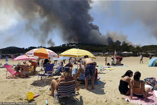 Riwiera Francuska w ogniu, a turyści... Te zdjęcia mówią więcej niż tysiąc słów