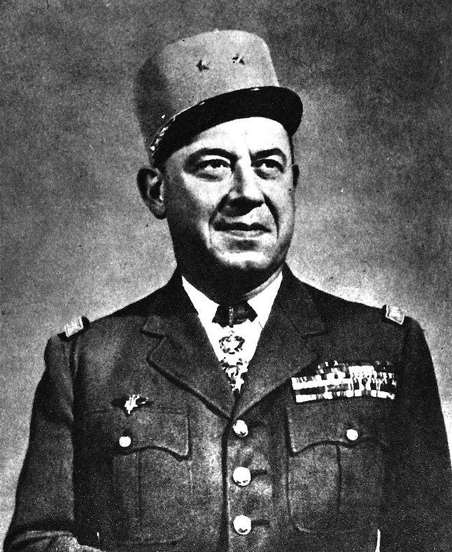 Gustave Bertrand - francuski generał związany z służbami kryptologicznymi