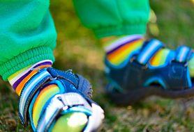 Dowiedz się, jakie buciki będą najlepsze dla twojej pociechy!