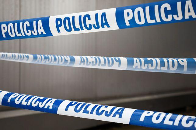 Warszawa. Zostali zaatakowani nożem. Jedna osoba nie żyje