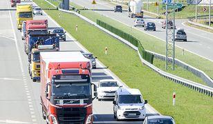 W niektórych miejscach jazda autostradą jest wolniejsza niż drogami krajowymi