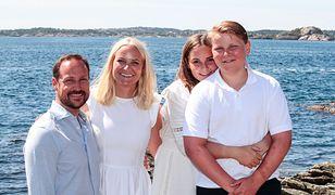 Norweska księżna Mette-Marit z rodziną