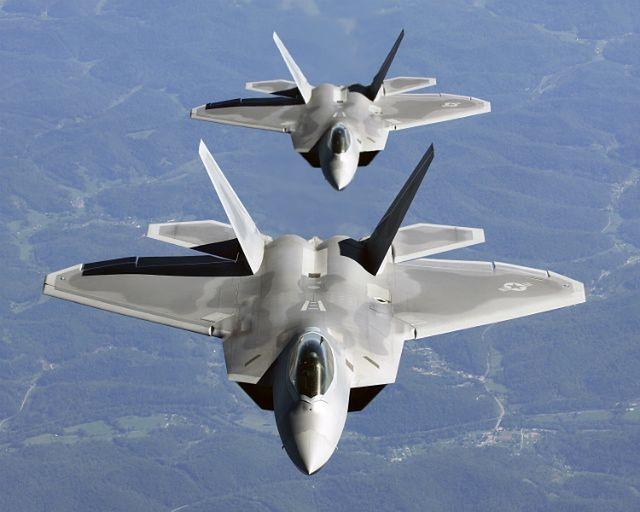 F-22 w Europie to sygnał w stronę Rosji