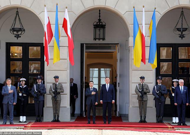 Warszawa. Pierwsza oficjalna wizyta prezydenta Ukrainy Wołodymyra Zełenskiego w Polsce. Spotkanie z Andrzejem Dudą w Pałacy Prezydenckim rozpoczęło się w sobotę przed południem