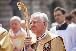 Abp Marek Jędraszewski odprawił mszę. Wcześniej miał kontakt z zakażonym?