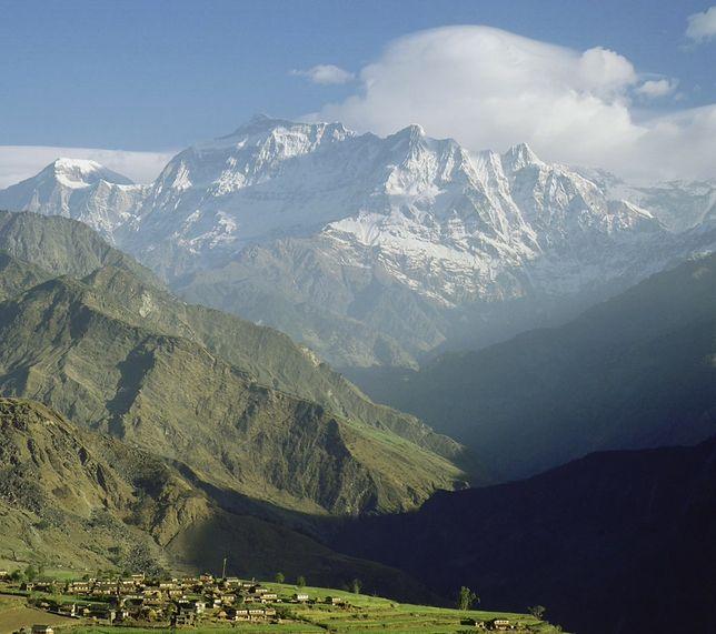 Nepal: Lawina zniszczyła obóz himalaistów. Zginał człowiek, który pobił rekord świata Kukuczki