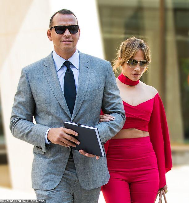 Jennifer Lopez zaręczyła się. Trwa walka o intercyzę wartą 760 mln. dol.