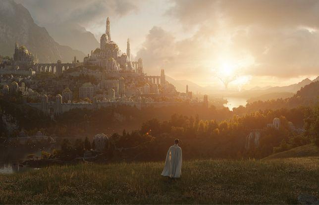 """Pierwsze oficjalne zdjęcie zapowiadające serial """"Władca pierścieni"""" Amazona"""