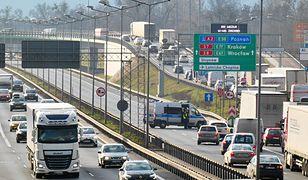 Warszawa. Wypadek na trasie S8, kierowcy w stolicy musieli liczyć się z utrudnieniami