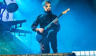 """Gitarzysta Slipknot cierpi na uciążliwe schorzenie: """"Mam zaburzenia obsesyjno-kompulsywne. Jestem świrem"""""""