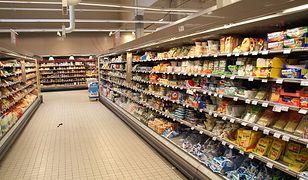 Francuski Carrefour znalazł sposób na obejście zakazu handlu. Związkowcy protestują