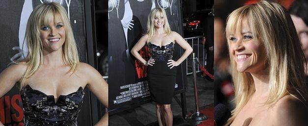 Reese Witherspoon chwali się dekoltem