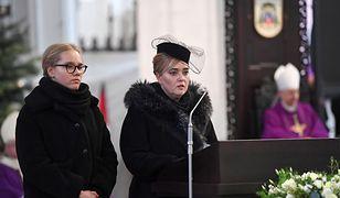 Magdalena Adamowicz z córką Antoniną podczas pogrzebu