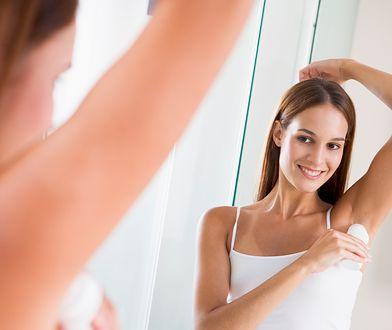 Antyperspirant ma nieco inne funkcje niż dezodorant