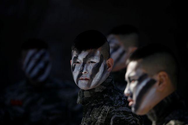 Południowokoreańscy żołnierze podczas ćwiczeń