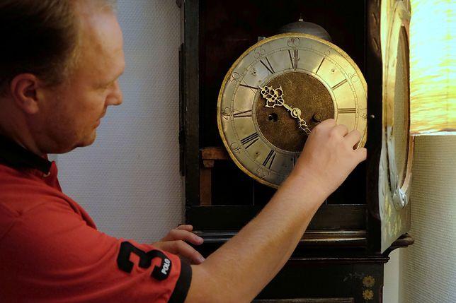 Czy przestawianie zegarów odejdzie do lamusa?