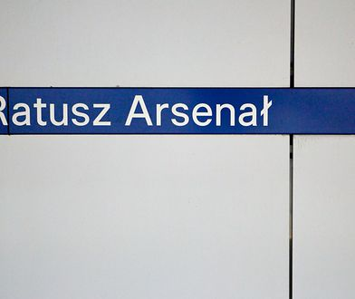 Warszawa. Utrudnienia w metrze. Zamknięto 4 stacje