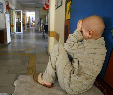 Warszawa solidarna z dziećmi chorującymi na raka