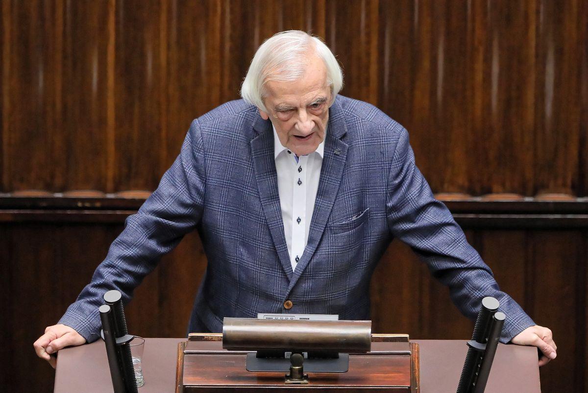 """Prezes PSL: hasła """"polexit"""" nie wymyśliła opozycja. Terlecki: pan bezczelnie kłamie"""