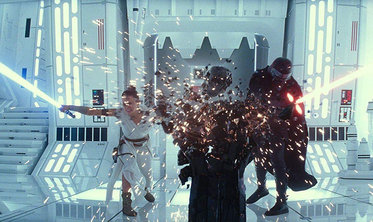 """""""Gwiezdne wojny: Skywalker. Odrodzenie"""": Scena pocałunku usunięta z filmu"""