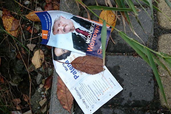 Kraków zalewa fala ulotek wyborczych. Jakie będą tego skutki?