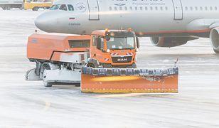 Na międzynarodowym lotnisku Szeremietiewo z powodu trudnych warunków pogodowych odwołano ponad 100 lotów