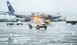 Obfite opady śniegu i silny wiatr sparaliżowały europejskie lotniska