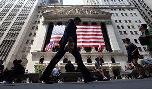 To pierwszy raz w historii - USA pociągną świat w dół?