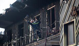 Ludzie skakali z okien, by uciec przed płomieniami