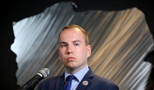 Adam Andruszkiewicz jest wiceministrem w resorcie cyfryzacji.