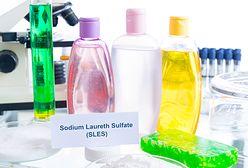 Wolny od parabenów i SLS-ów. Jak producenci kosmetyków nabijają nas w słoiczek