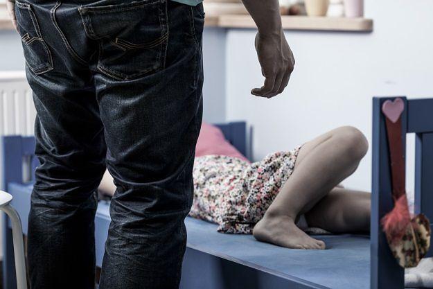 Skandal w Niemczech. Berlińskie Jugendamty wydawały dzieci pod opiekę pedofilom