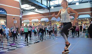 Ewa Chodakowska prowadzi zajęcia fitness w całej Polsce