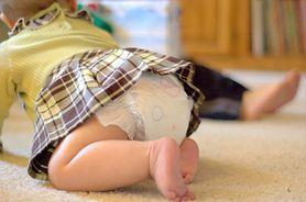 Zobacz, jakie kroki podjąć, aby uniknąć pieluszkowego zapalenia skóry u niemowlaka