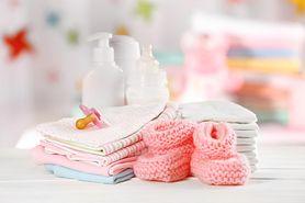Błędy popełniane przez rodziców w czasie pielęgnacji suchej skóry dziecka
