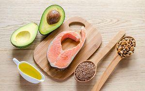 5 oznak, które wskazują na to, że jesz za mało zdrowych tłuszczów