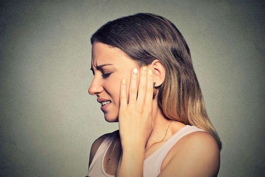 Zmarszczki na małżowinie usznej