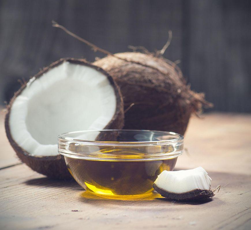 Ghee a olej kokosowy