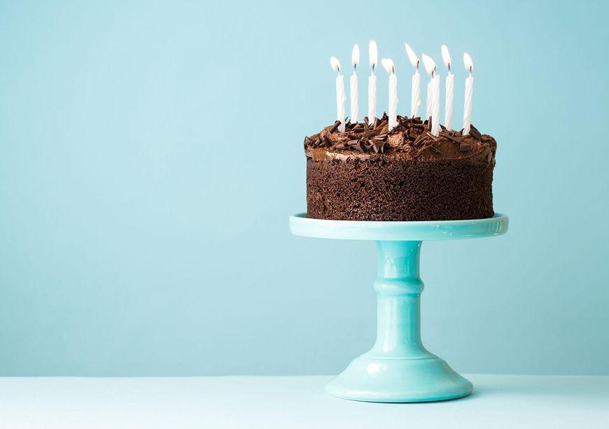 Tort czekoladowy na pewno będzie wszystkim smakował
