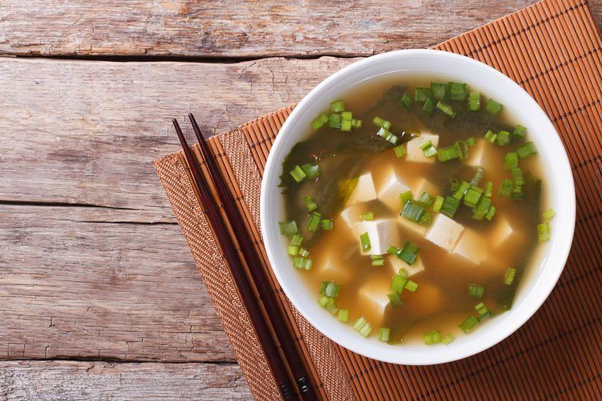 Zupa miso z wodorostami