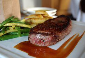 Czy potrafisz przyrządzić odpowiednio doprawiony stek wołowy? Sprawdź nasz przepis
