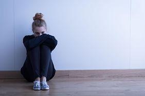 """Wzrost samobójstw wśród nastolatków. Wszystko przez tajemniczą grę """"Niebieski Wieloryb"""""""
