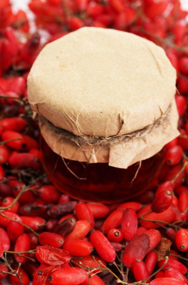 Konfitura z owoców berberysu