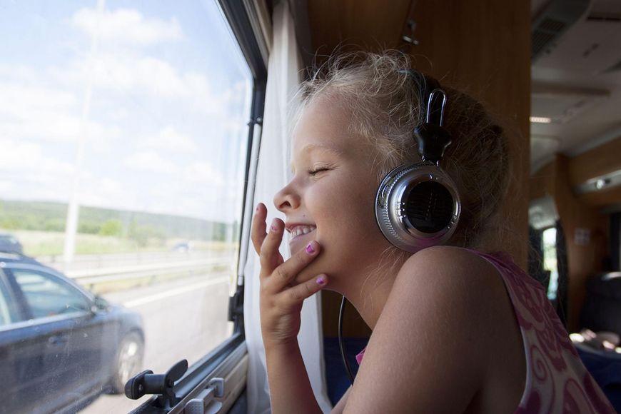 Podróże sprawią, że twoje dziecko szybciej nauczy się języków obcych i będzie bardziej otwarte na innych ludzi