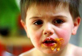 Dowiedz się, jak skutecznie zachęcić małego niejadka do jedzenia