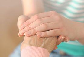 Jaka jest rola opiekuna w codziennym życiu chorego?