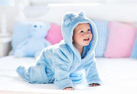 7 pomysłów na wspólne zabawy z niemowlakiem, które korzystnie wpłyną na jego brzuszek