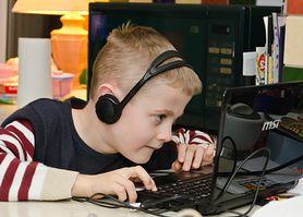 Edukacja online. Dowiedz się, czy nauka przy pomocy Internetu daje efekty