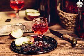 Wino z czarnego bzu – właściwości i przepis