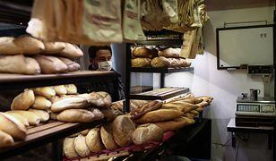 Koronawirus w Polsce. Sprzedaż chleba spada, Polacy chętniej sięgają po pieczywo tostowe